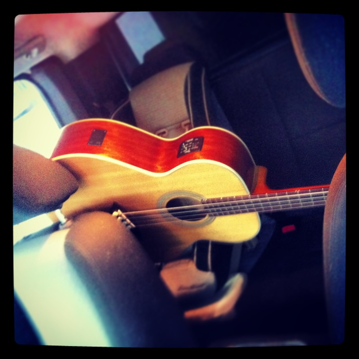 Acoustic baby on the road unprotected!