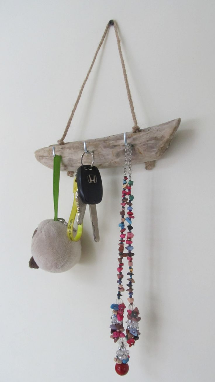 3 Hooks Wall Hanging Key Holder - Round Driftwood Jewelry Organizer - Original Driftwood Beach Decor by LonelyBeach on Etsy