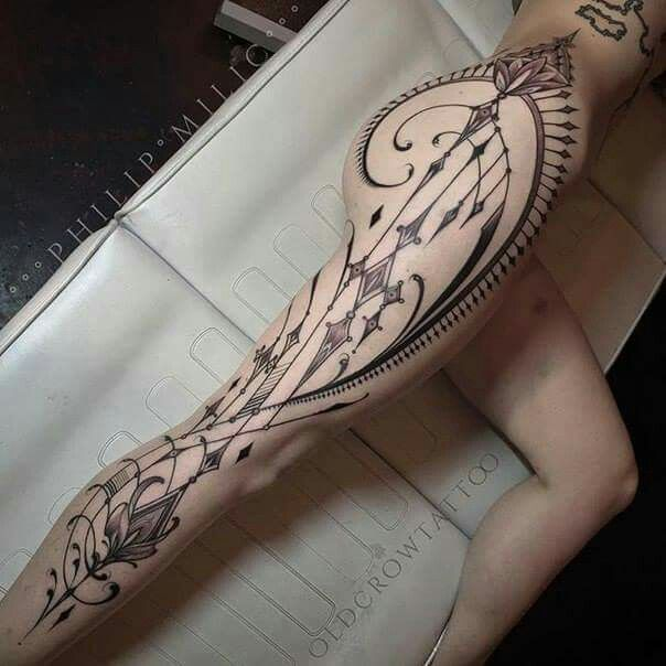 Crown tattoo. Full leg. Filigree.