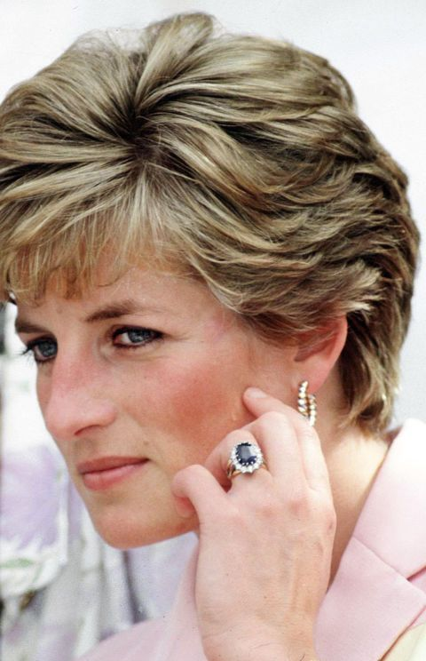 Although royal engagement rings are usually custom made, Diana selected hers from the Garrard jewelry collection catalog. The ring, which consists of 14 solitaire diamonds around a 12-carat sapphire set in white gold, now belongs to Duchess Kate Middleton.