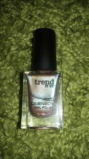 Alles rund um Kosmetik: Nailpolish trend IT UP Holo Dimension 020