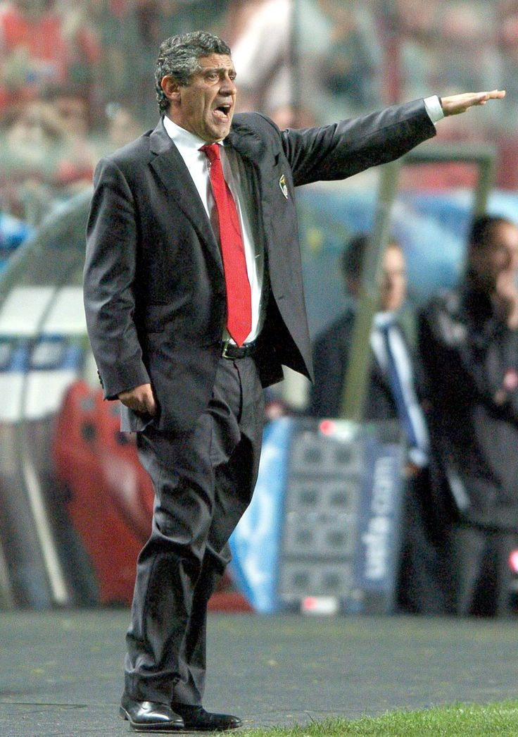 Fernando Santos, director técnico de la Selección fútbol de #Grecia. Foto: EFE.
