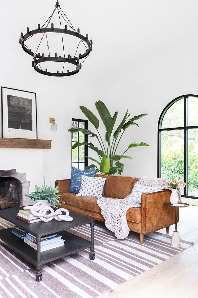 If There S One Room In The House Where The Architecture Is Completely Original To The Home It S In Spanish Home Decor Spanish Living Room Spanish Revival Home
