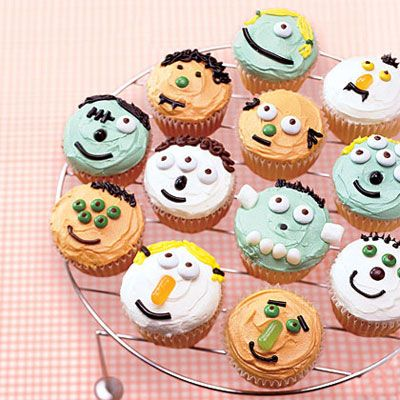 Little Monster Cupcakes (Recipes Vanilla cupcakes, Vanilla frosting)