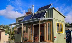 Every now and then you come across a tiny house that has been constructed to an incredibly high standard. That's exactly the case with this stunningoff-the-grid tiny home, built by ex boat builder and cabinet maker Jeff Hobbs.There's no hiding the amount of sustainable technology that has been incorporated into the design of this tiny house on wheels. A 600 watt solar system powers the home, and a solar collector and wood-stove take care of all the water heating. These elements give the…