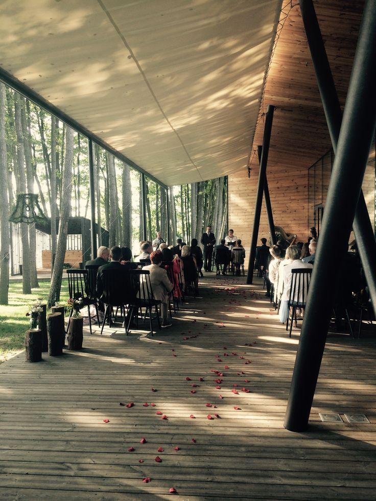 Ceremonia zaślubin na tarasie    Wedding ceremony on terrace