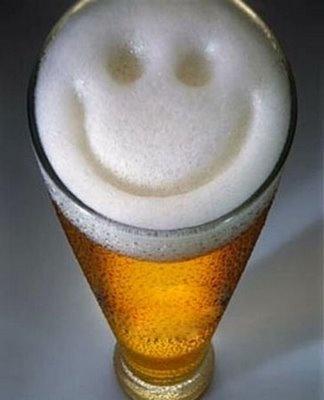 Bierschaum - Smiley, da schmeckt's bestimmt besonders gut! :o)