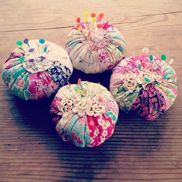 Pretty pincushions @ Jeska Hearne - Using up Liberty fabric scraps x