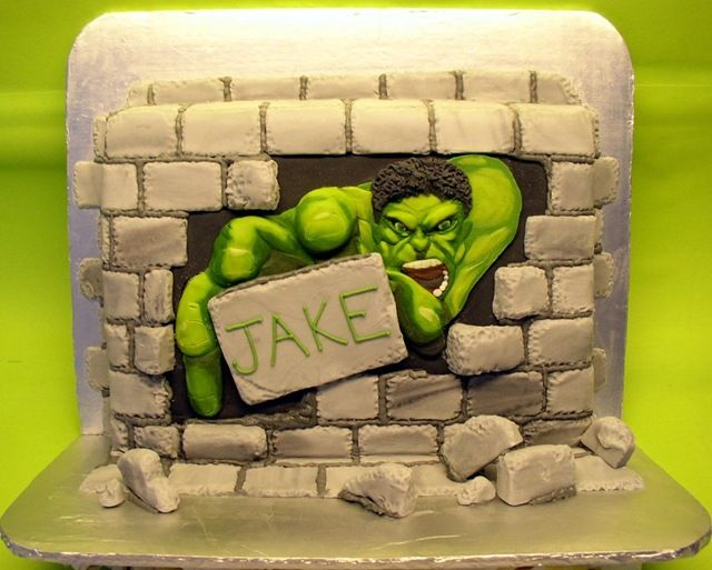 These amazing Hulk themed cakes are perfect for the biggest Avengers fans. The cakes were made by different people.