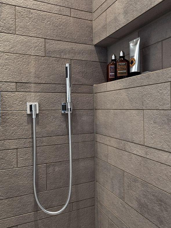 die nische in der dusche dient als schicke ablage f r pflegemittel. Black Bedroom Furniture Sets. Home Design Ideas