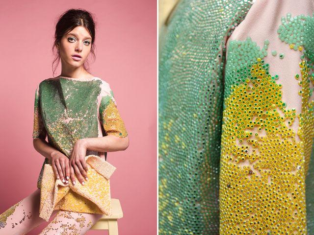 C'est à l'âge de 23 ans seulement que la jeune designer de mode d'origine argentine Maia Bergman s'est retrouvée finaliste du H&M Design Award 2013. Cette étudiante de l…
