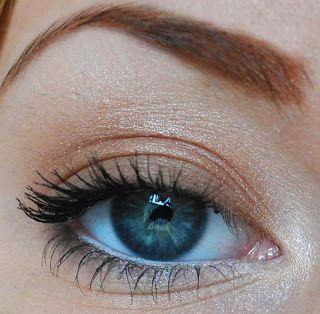 Light brown makeup