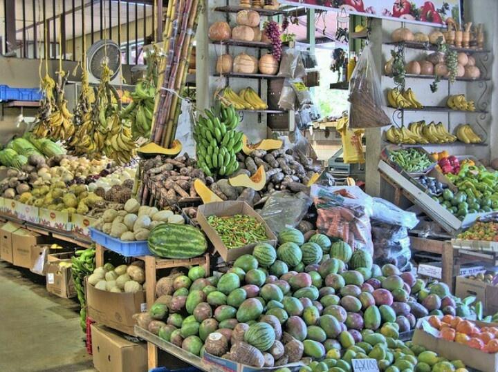 Puerto Rico food market<3