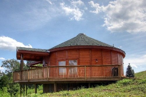 25 unique cabin rentals ideas on pinterest log cabin for Heavenly view cabin sevierville tn