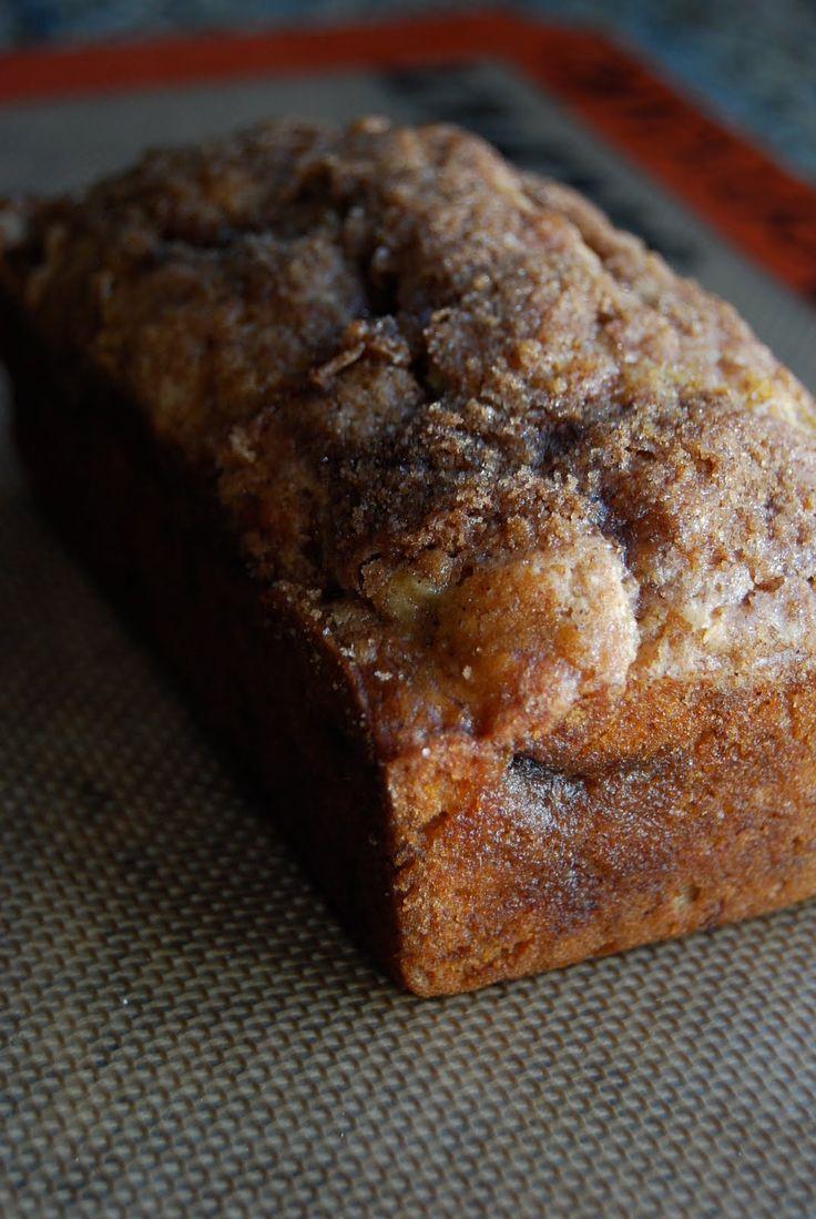 cinnamon swirl banananana bread