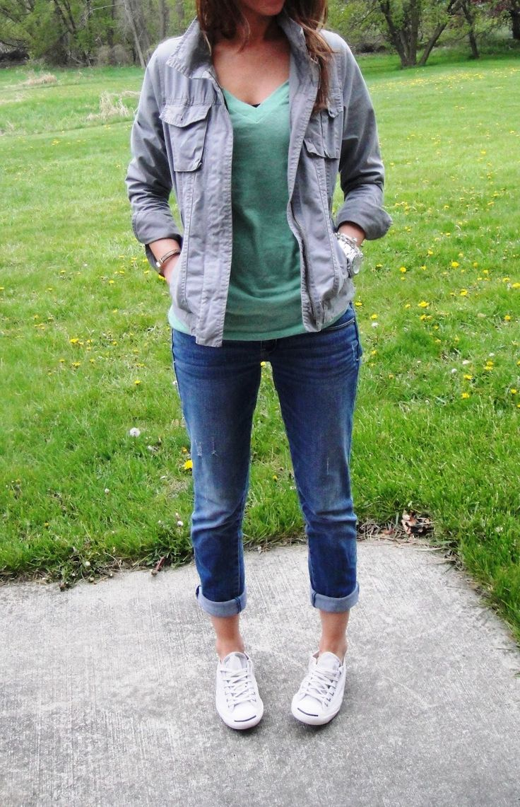 super cute casual outfit. Love this jacket!