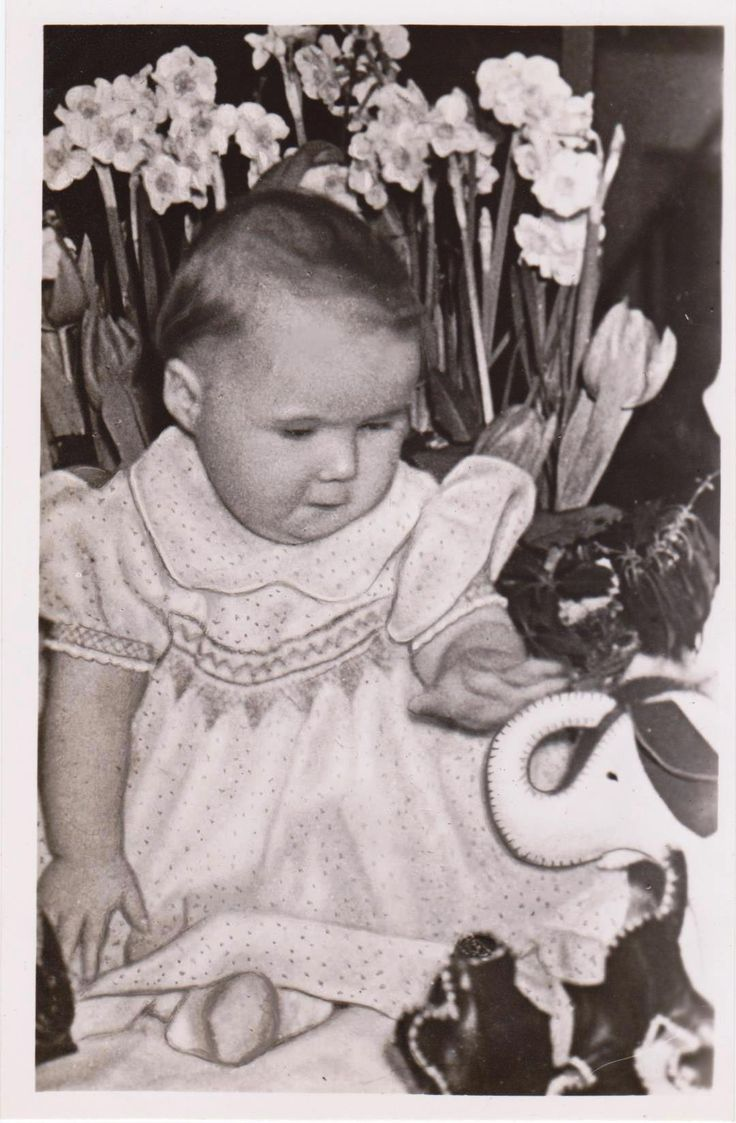 1e verjaardag prinses marijke 18-02-1948