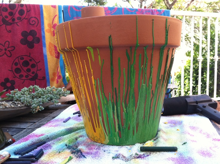 housewarming gifts ideas melted crayon flower pot melted things 31599