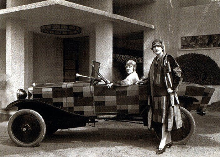 Sonia Delaunay's car and matching outfit | Retronaut