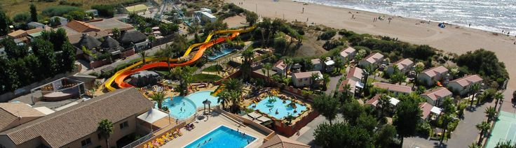 Rent accommodation on the Aloha (Yelloh ! Village) campsite at Sérignan-Plage. The holiday village enjoys an ideal setting, in the midst of unspoilt nature.