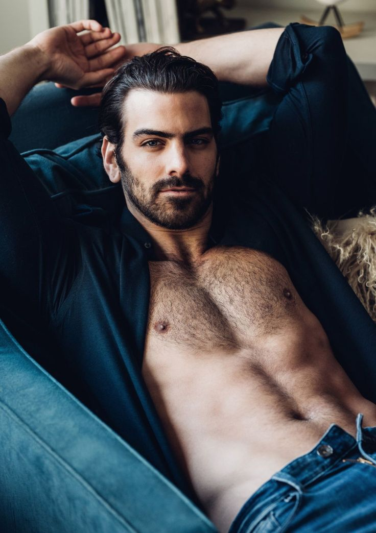 'Dancing With The Stars' Alum Nyle DiMarco Strips Down in Steamy Photo Shoot — See the Sexy Pics! | ETCanada.com