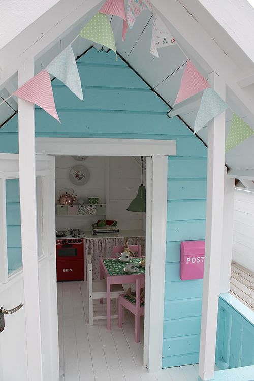 Heart Handmade UK: The Best Little Play Shed for Girls