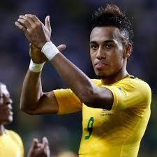 AubameyangKlub Liverpool dan Barca dibilang mau memboyong pemain striker dari klub Dortmund, Pierre-Emerick Aubameyang. Tapi pihak klub mengatakan tidak akan melepasnya.