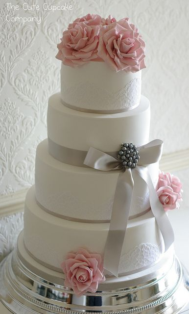 gray and pink wedding | Pink and dove grey wedding cake | Flickr - Photo Sharing!