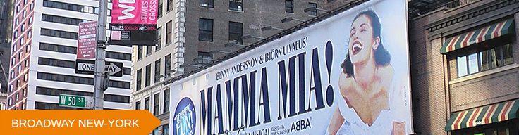 Que serait New York sans Broadway et ses centaines de théâtres aux devantures toutes plus scintillantes les unes que les autres ? Depuis toujours, New York est une ville d'art où les comédies musicales sont à l'honneur ! Le moment est venu pour vous d'arpenter les rues de Broadway et de profiter d'un spectacle à l'Américaine digne de ce nom ! Laissez-vous également surprendre par l'énergie et la démesure de la ville qui ne dort jamais... Version Voyages http://www.versionvoyages.fr/