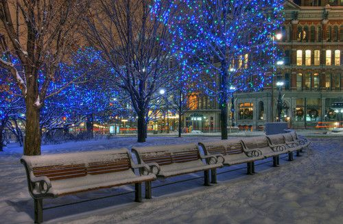 Elgin Street, Ottawa, Canada  photo by La Banane Jaune