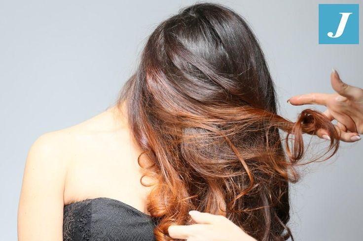 Shooting CDJ - Backstage Colorare i capelli e toccarli e' un'arte... #cdj #degradejoelle #tagliopuntearia #degradé #dettaglidistile #welovecdj #shooting #beautifulhair #naturalshades #hair #hairstyle #hairstyles #haircolour #haircut #fashion #longhair #style #hairfashion