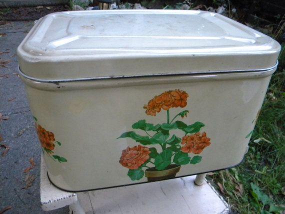 nice vintage antique tin metal floral GERANIUM BREAD BOX
