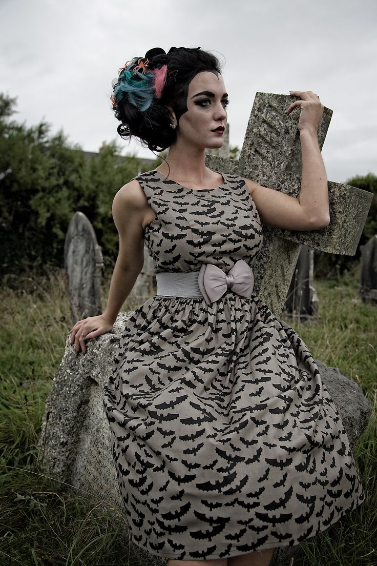 Dress by Silly Old Sea Dog:  http://sillyoldseadog.com/product/1950s-style-bats-halloween-dress/ Photographer: http://www.houseofpinup.co.uk/  Make Up: Francine Owens  Hair: Hair by Emma  Model: Sophie Russell