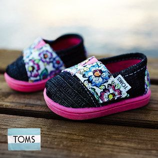 Toms Shoes At Great Prices Over At Zulily For The Entire Family!