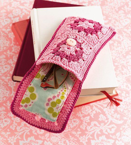 Crochet eye-glass case