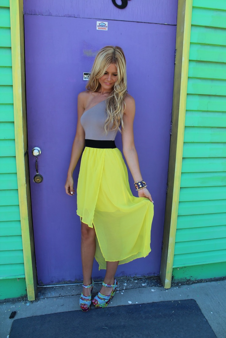 : Fashion Places, Colors Combos, Fashion Beautiful, Maxi Dresses, Summer Style, Fashion Center, Neon Colors, Barefoot Blondes, Blondes Fashion