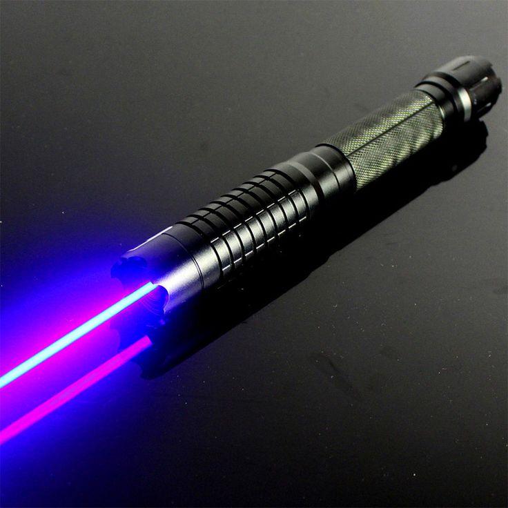 http://www.laserkorting.nl/10000mw-blauwe-laserpen.html  , Bestellen 10000mW blauwe Laserpen Levin serie is de meest krachtige draagbare laser 450nm wereldwijd. Zichtbaarheid van de bundel lange afstand biedt de mogelijkheid om meer geweldige ervaringen graveren.