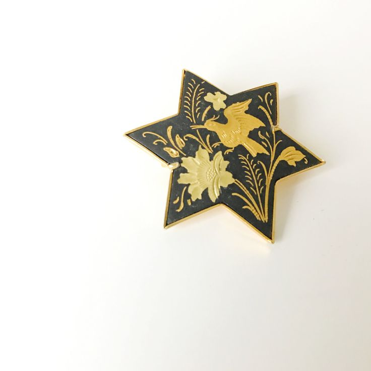Damascene star shaped brooch. Cocktail brooch featuring a golden bird and flower motif. Boho luxe brooch. Gift for her. by ReOSL on Etsy
