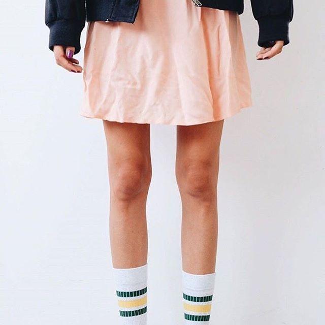 Este #Halloween te vas a disfrazar de Eleven , y lo sabes ✌🏼️ #Feetichistas #socketines #algodonorganico #hechoenespaña #calcetines #socks #strangerthings #011 #elevenstrangerthings