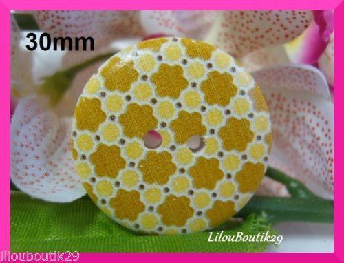 B3003-Bouton-Bois-30mm-3cm-petites-fleurs-couture-tricot-scrapbooking