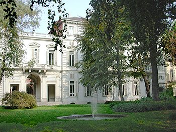 (1675) Palazzo Cisterna - La façade côté jardin