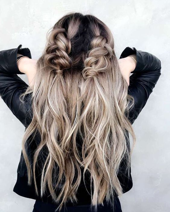 315bf2819b44703aafa88ffb1bf14231 - 25 Romantic Hairstyle Ideas For Valentines day 2018