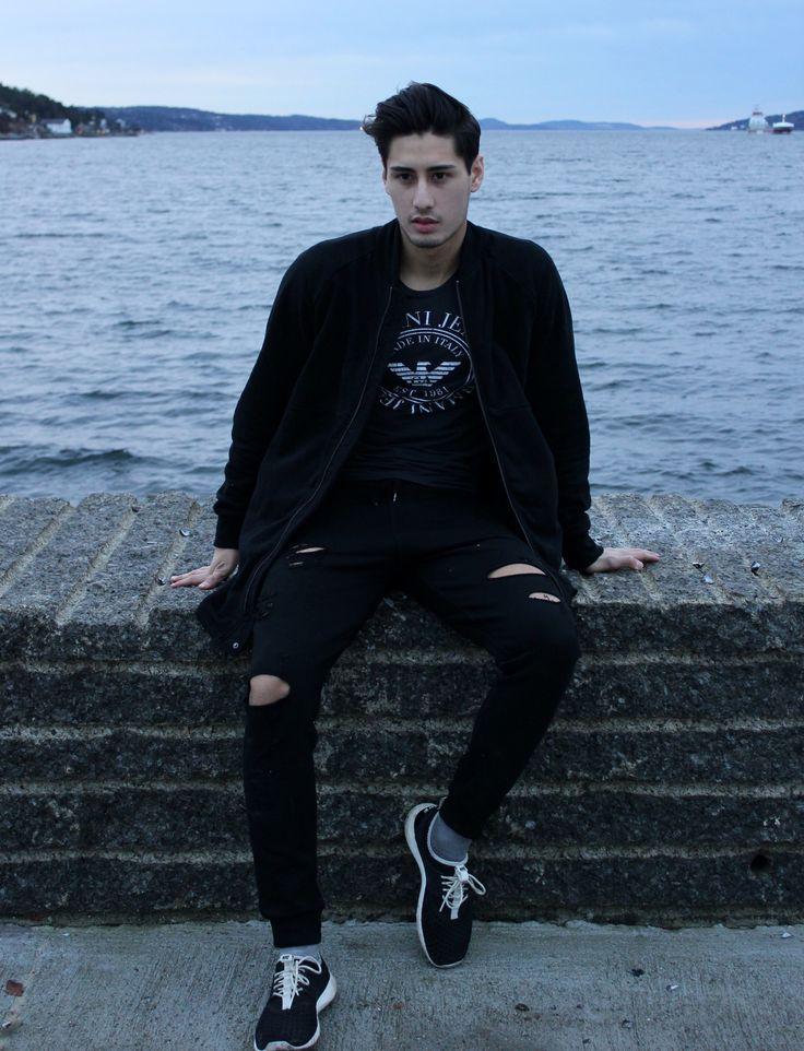 All black  @mathias_duma
