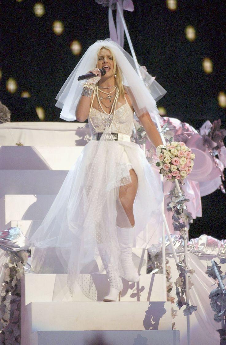 123 best Dresses of celebrity images on Pinterest | Short wedding ...