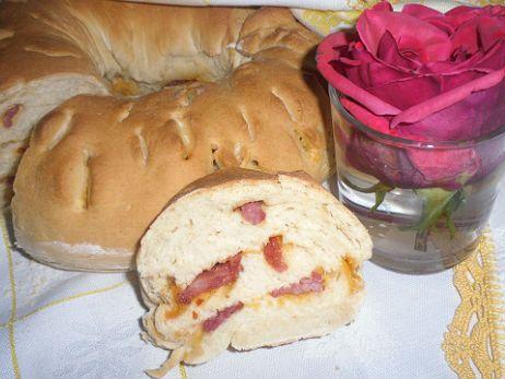 Receita de Pão com Torresmos .:. Kitchenet .:. Livro de culinária do aeiou