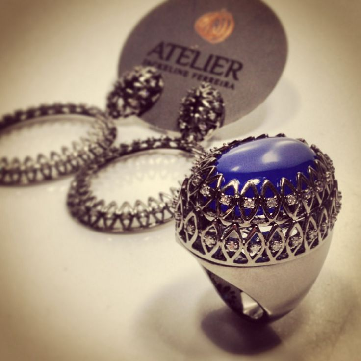 Atelier Jackeline Ferreira Fabrica de Semi Joias #moda #semijoias #joias #joiasdeluxo #semijoiasdeluxo #todasquerem #fashion #tendencia #luxo #glamour #style #pulseirismo #bracelete #colar #anel #brinco #lookdodia #querotodas #temqueter #atelierjackelineferreira #goiania #art #design #brasileiras #diva #jewelery #brasil #beautiful #fasaopaulo