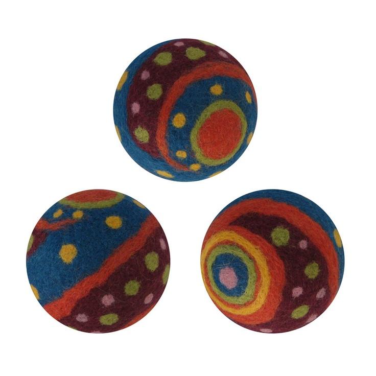 106 best crafts felt balls images on pinterest needle. Black Bedroom Furniture Sets. Home Design Ideas