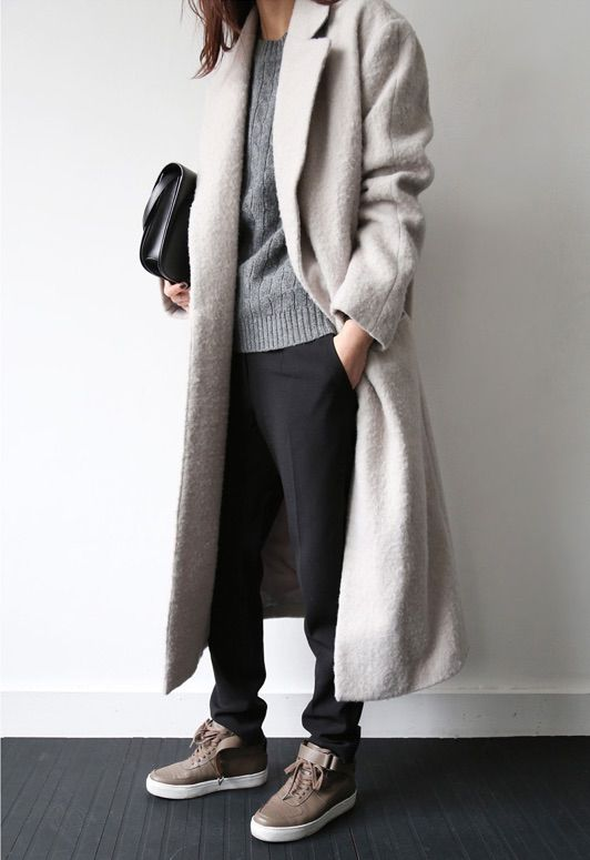 http://death-by-elocution.tumblr.com/post/105985531465/long-coat-celine-af1s-ooo-baby
