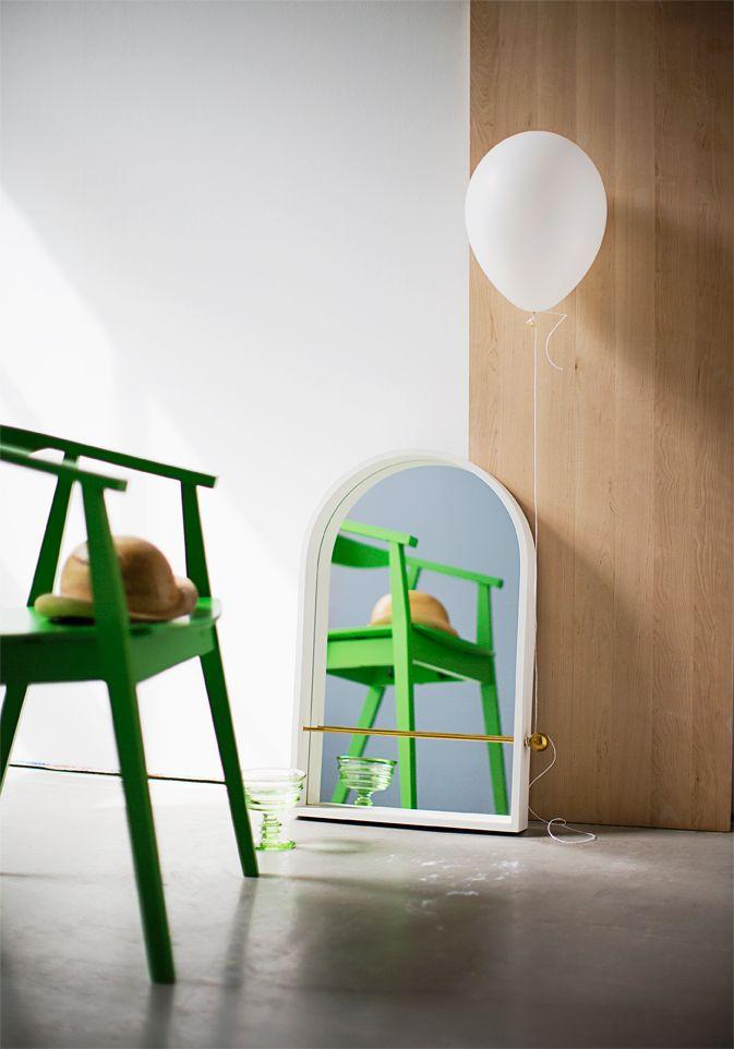 Chair from Ikea, mirror from Finnish Design Shop. Styling Anna-Kaisa Melvas, photo Anna Huovinen for Glorian Koti.