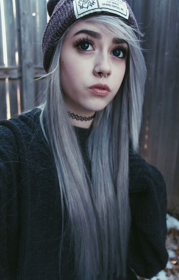 Pastel Goth Kawaii White Dyed Hairstyle - http://ninjacosmico.com/32-pastel-hairstyles-ideas/